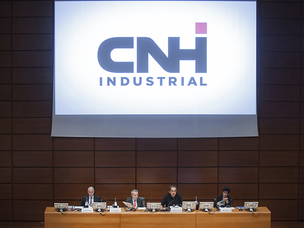 Cnh Industrial torna in utile, acquisita Kongskild Agriculture