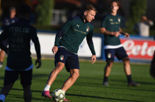 FLORENCE, ITALY - OCTOBER 08: Ciro Immobile of Italy in action during a Italy training session at Centro Tecnico Federale di Coverciano on October 8, 2019 in Florence, Italy. (Photo by Claudio Villa/Getty Images)